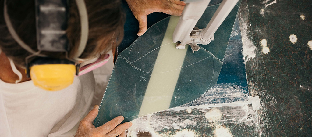 Choosing Longboard Fins Cutting Out Fins
