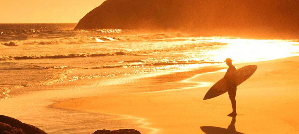 Surfing Shortboard Sunrise